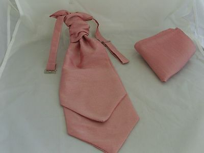 Dusty Dusky Pink MENS Polyester Scrunchie Ruche Wedding Tie-Cravat & Hankie Set