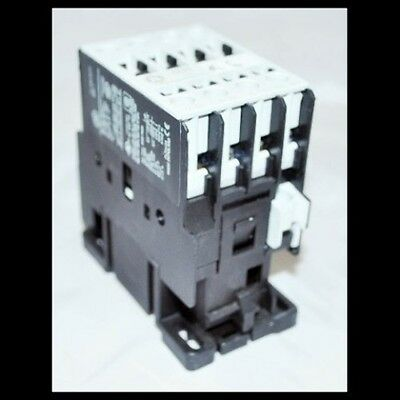 GE General Electric CL01A301T Contactor 25 Amp 600V 10HP 3P 277V Coil 25A