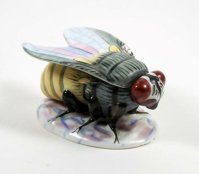 Vintage Porcelain Bee Trinket Box Figural Insect Form Hand Painted
