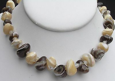 """Troca Oyok Shell Cream Brown Banded 15"""" Choker Necklace"""