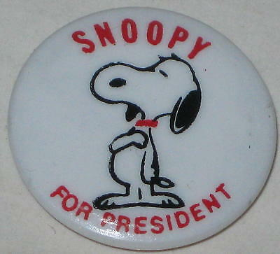 """1972 Snoopy for President Pin Hallmark Approx 1"""""""