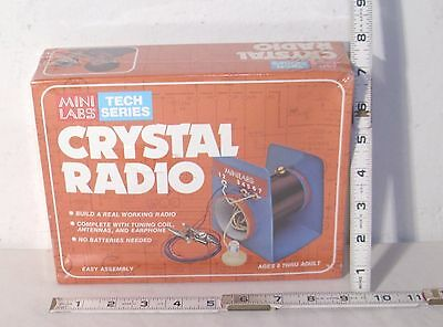 MINI LABS CRYSTAL RADIO ELCTRONIC BUILD IT SET 1970s SEALED
