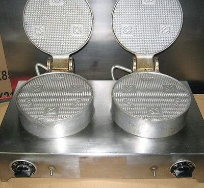 Vintage Antique F.S. CARBON Cast Iron Malted Waffle Cone Maker Machine Double 2