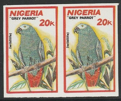 Nigeria 2648 - 1990 WILDLIFE - GREY PARROT IMPERF PAIR unmounted mint