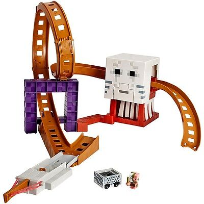 Minecraft Hot Wheels Ghast Attack Track Play Set