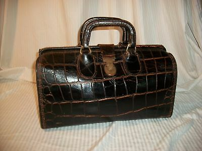 Vintage Brown Alligator  Leather Upjohn Doctors Medical   Very Cool Nice