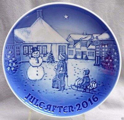 BING & GRONDAHL 2016 Christmas Plate New in Box! Hans Christian Andersen House