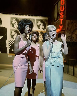 "Martha and the Vandellas / Dusty Springfield 10"" x 8"" Photograph"