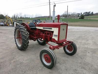 IH 404 Tractor, Recent Repaint, Wide Front, Fenders, 3 Pt, Straight Sheet Metal