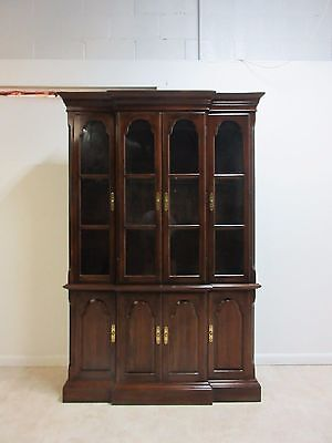 Ethan Allen Georgian Court Cherry China Cabinet Hutch Breakfront Display
