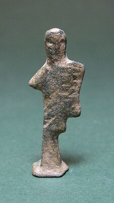 Ancient Figure Of Gladiator Holding A Shield Bronze Roman 100-300 Ad