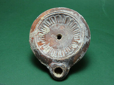 ANCIENT OIL LAMP FLOWER DESIGN TERRACOTTA ROMAN 1st-2nd CENTURY AD