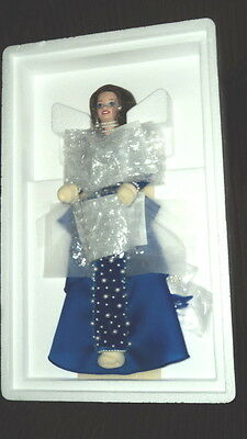 1995 Evening Pearl Barbie Presidential Porcelain Collection Nrfb!