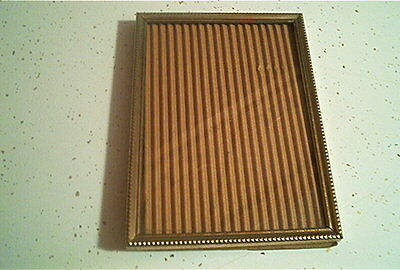 """Vintage Gold Tone Metal 5 X 7 Picture Frame 3/4 """" Thick"""