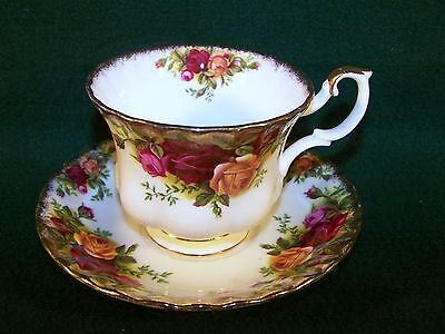 "Royal Albert ~ Old Country Roses ~ Cup 2 3/4"" & Saucer 5 1/2"" Set"