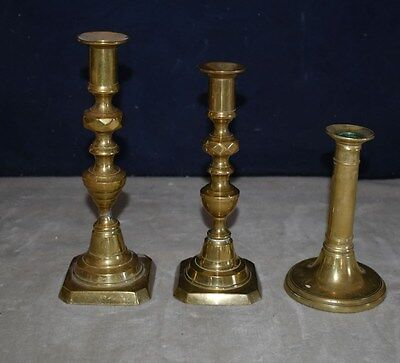 RARE BEAUTIFUL SET OF 3 ANTIQUE BRASS PUSH UP CANDLESTICKS - 18th CENTURY