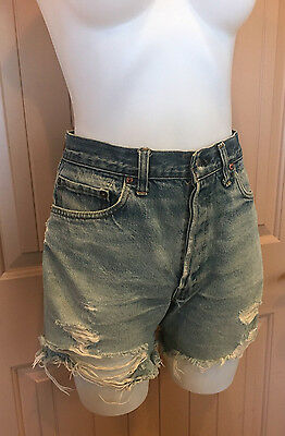 """Vintage Levis 501 shorts high waisted hand measured 32"""" 11"""" rise 5"""" inseam"""