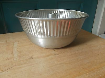 Vintage Made in Italy Aluminum Angel Food Cake Pan
