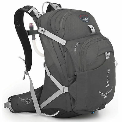Osprey Manta 36 AG Hydration Backpack - Fossil Grey