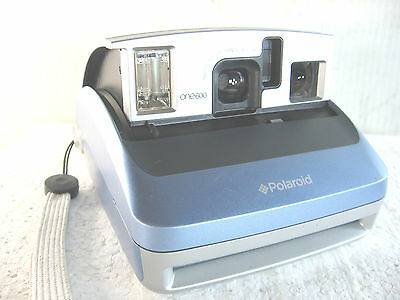 Polaroid  ONE600 Instant camera, 600 film, made China,  tested, working exc.+