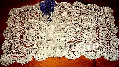 Vintage Ecru Crocheted Table Runner Featuring Medallions