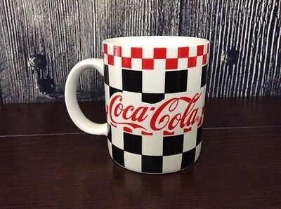 COCA COLA COFFEE MUG, RED & BLACK CHECKERED 1997 Gibson Collectable Nice!!