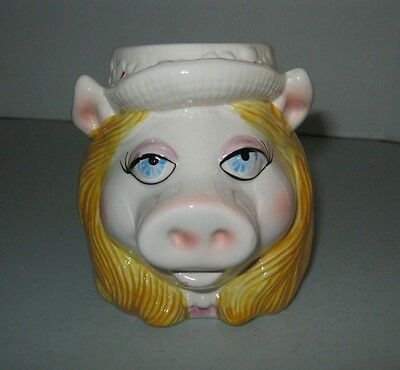 Sigma Jim Henson Muppet Coffee Cup ~ MISS PIGGY ~ Hand painted ceramic