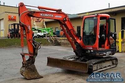 2012 KUBOTA  KX121R3AT3 Excavator, with Cab, Angle Blade and Thumb.