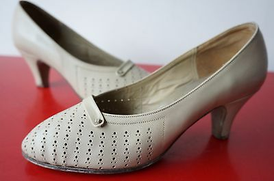 ESCARPINS cUIR RETRO t 36 Vintage VTG BEIGE leather