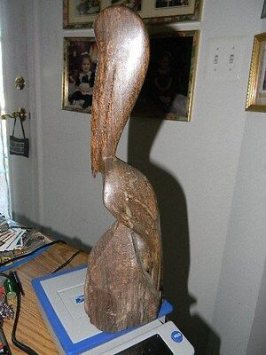 Hand Carved Wooden Pelican Made Of  1 Piece Of Wood 14 Inches Tall See Scan
