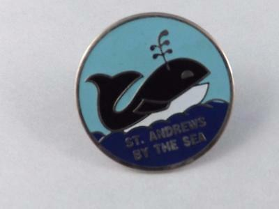 St Andrews By The Sea New Brunswick Whale Pin Back Collector Button Souvenir
