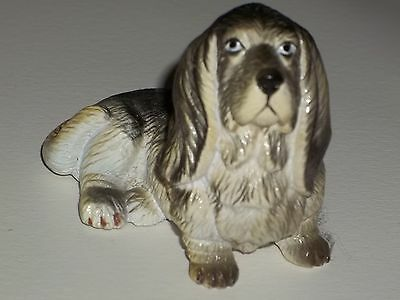 Vintage BASSET HOUND DOG Figurine Lifelike Breed ~made by New-Ray Toy