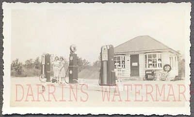 Vintage Photo Pretty Girls Roadside Atlantic Station Gas Pumps Coca Cola 756190