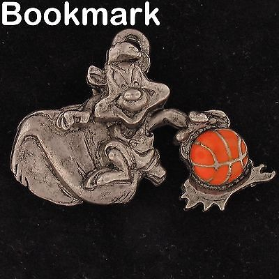 BOOKMARK Pepe Le Pew WARNER BROS LOONEY TUNES BASKETBALL BALL WB STORE 4267