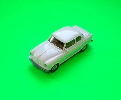 Wiking ### Borgward Isabella Cremeweiss ### 1:87=Top!!!