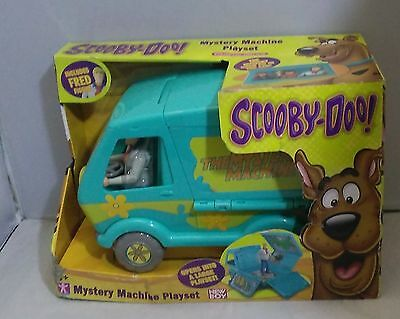 Scooby Doo Truck Mystery Machine Playset and a Fred Figure Toy New  DAMAGED BOX