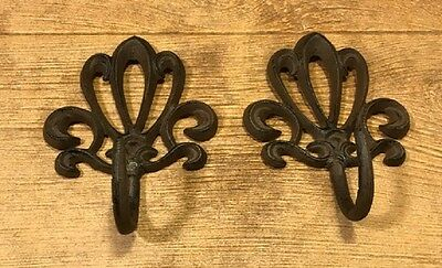 Rust Cast Iron Wall Hooks French Style (Set of 2) Home Decor 0170S-01623