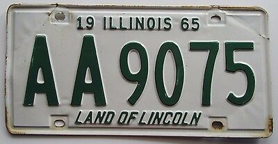 Illinois 1965 License Plate # AA9075