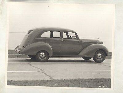 1937 Hudson Deluxe Brougham ORIGINAL Linen Backed Factory Photograph ww7914