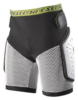 Dainese Action Short Evo Black Protecciones