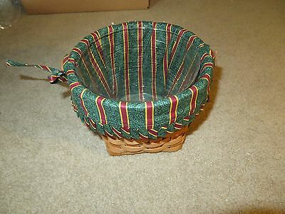 Longaberger 1988 Christmas Collection Pointsettia Basket With Liner & Protector