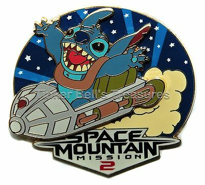 DISNEY Pin LE 1200 DLP - Stitch at Space Mountain - Stitch Invasion Series