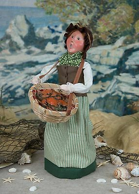 '17 Byers Choice Nautical Woman w/Basket of Crabs Ocean Sea Coastal Collection