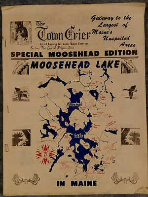 1960s? SOUVENIR TRAVEL BOOK MOOSEHEAD LAKE MAINE PENQUIS TOWN CRIER