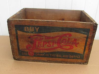 Vintage Pepsi crate Double Dot  Good CONDITION NICE GRAPHICS