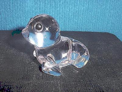 Oneida Hand Cut and Blown Over 24% Lead Crystal Baby Seal Figurine Paperweight