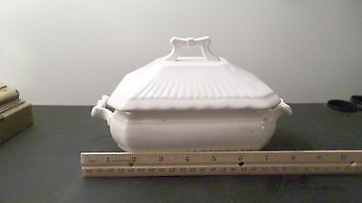 Vintage Royal Made in Japan White Small Tureen Condiment Lidded Bowl