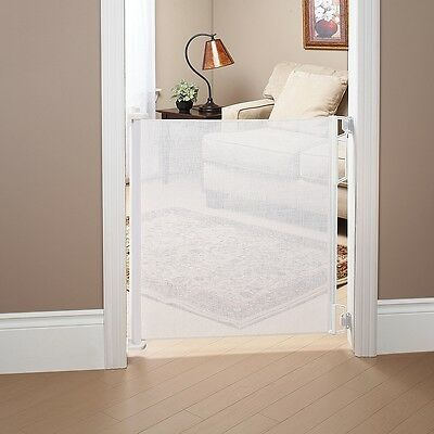 Bily Retractable Safety Gate - White