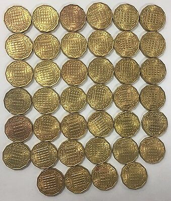 50 x 1965 Uncirculated British Brass Threepence Coins UNC