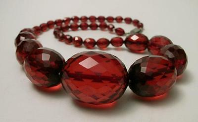 1920s ART DECO OVAL FACETED CHERRY AMBER BAKELITE BEAD NECKLACE 56 grams